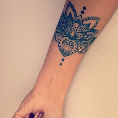 Hand-Lotus-Tattoo