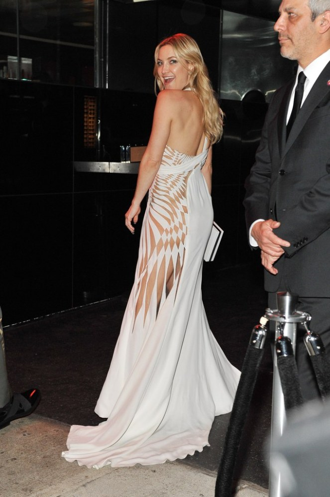 kate-hudson-white-dress-met-gala-afterparty-2016-getty