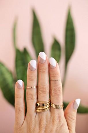 Modern-Nude-Manicure-305x458
