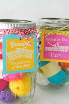 mothers-day-mason-jar-gift-and-printable-the-silly-pearl-closeup