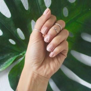 white-nail-art-600x600