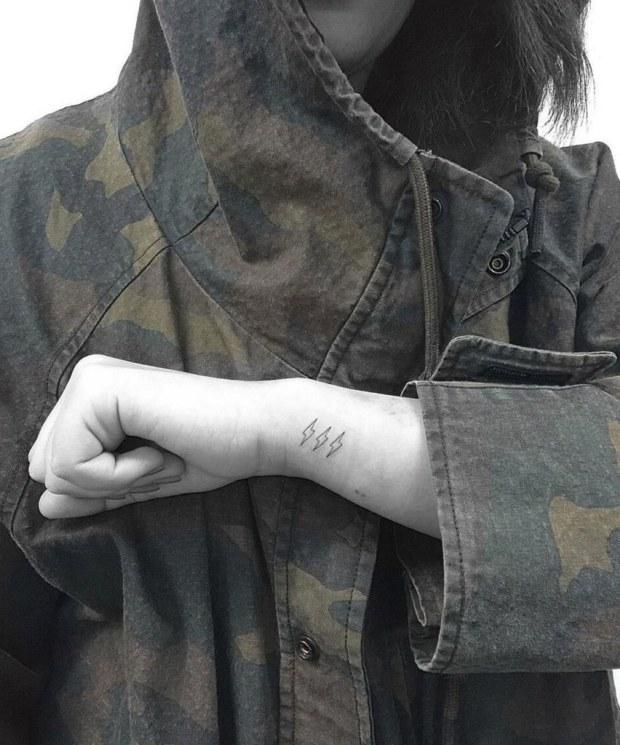 slideshow-tattoos-12-tattoo-main