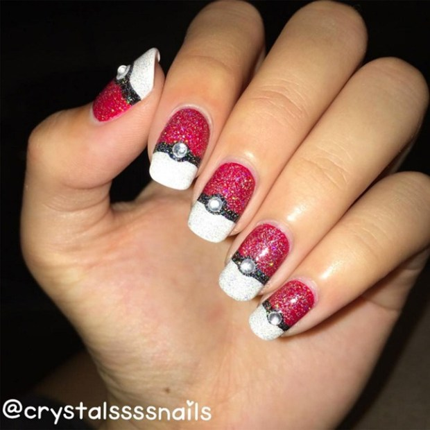 POKEMONNAILS_GLAMOUR_12JUL_CRYSTALSSSSNAILSINSTAGRAM