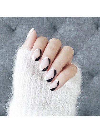 makeup-looks-nail-ideas-2016-04-nail-art-diamond-negative-space