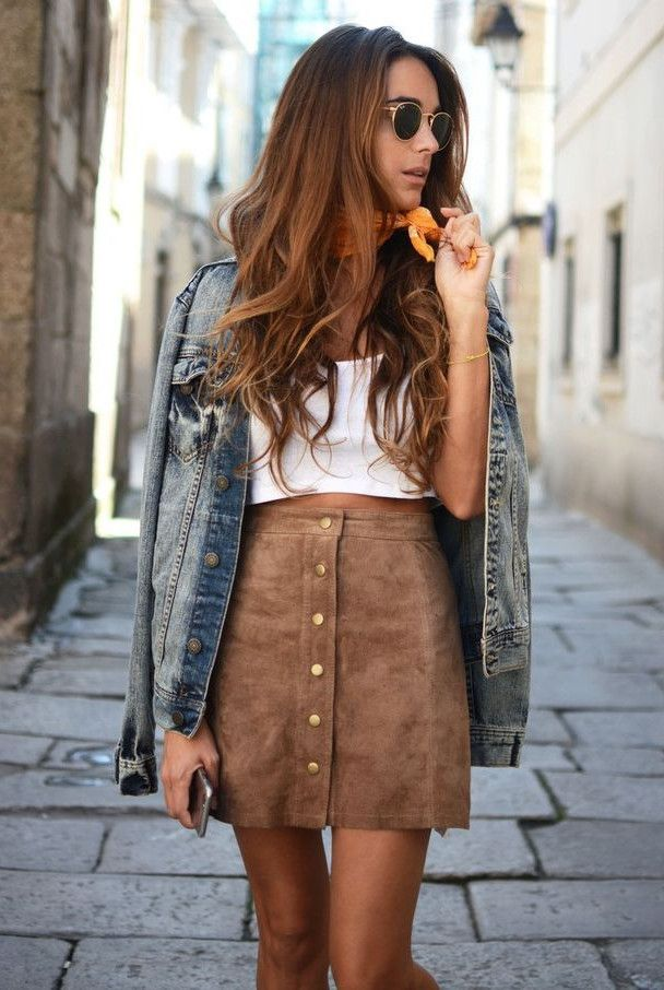 street-style-skirt-plus-denim-jacket