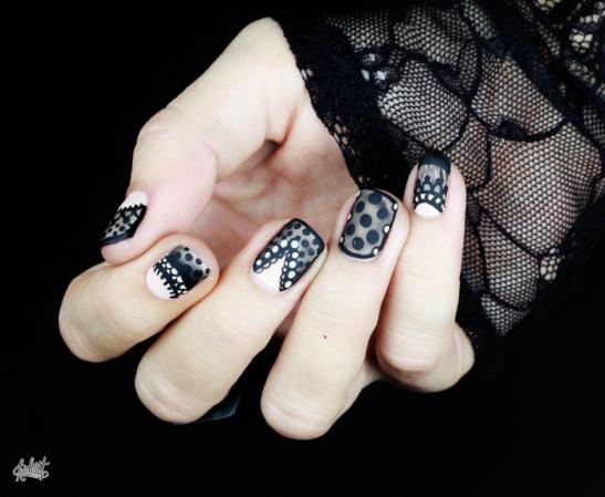 1443726430-morticia-adams-look-for-halloween6