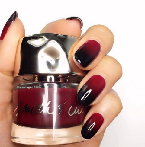 black-scarlet-ombre-nails