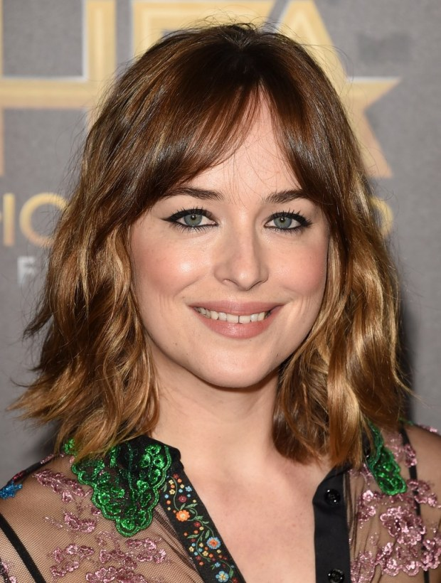 dakota-johnson-bangs-hair