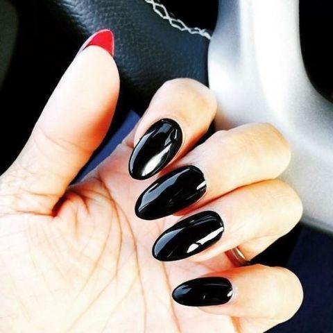 square-1443728576-halloween-nail-art-louboutin-nails